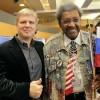 Андрей Рябинский и Дон Кинг подписали контракт на бой Лебедев – Джонс
