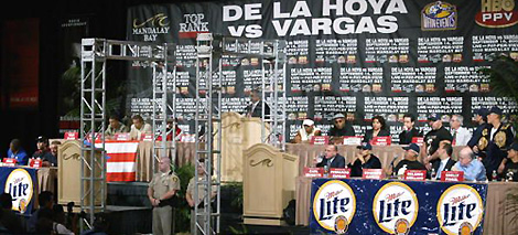 Противостояние Де Ла Хойи и Варгаса (1)