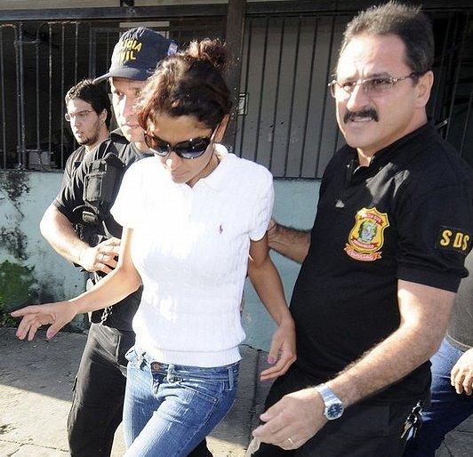 Арест супруги Артуро Гатти, Аманды Родригес (1)