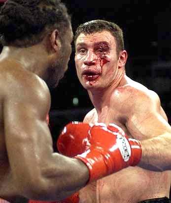 Леннокс Льюис: Братья Кличко должны драться между собой (2)