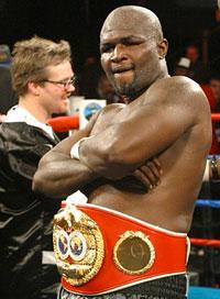 Джеймс Тони будет бороться и боксировать (1)