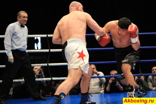 Профессиональный бокс в Красноярске. Как это было. (3)