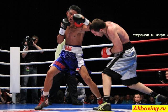 Профессиональный бокс в Красноярске. Как это было. (4)
