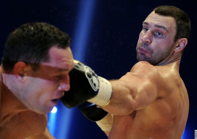 Виталий Кличко успешно защитил свой титул (1)