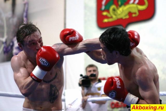 Профессиональный бокс в Климовске (4)