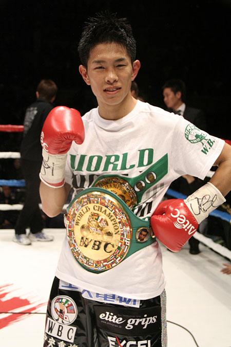 Японец стал чемпионом Мира WBC по боксу в седьмом поединке! (1)
