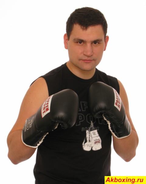 Александр Алексеев возвращается на большой ринг (1)