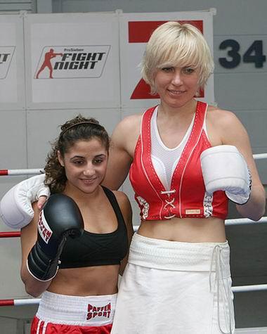 Сюзи Кентикян выходит на ринг 26 марта (2)