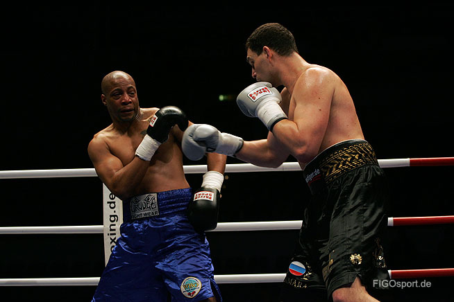 Александр Алексеев вернулся на ринг с нокаутом (1)