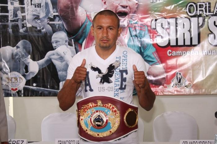 Орландо Салидо получает пояс чемпиона WBO (1)