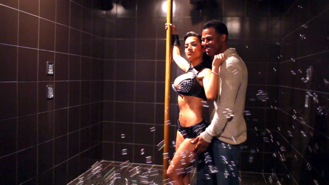 Sugar Shane Mosley & his girlfriend Bella Gonzalez