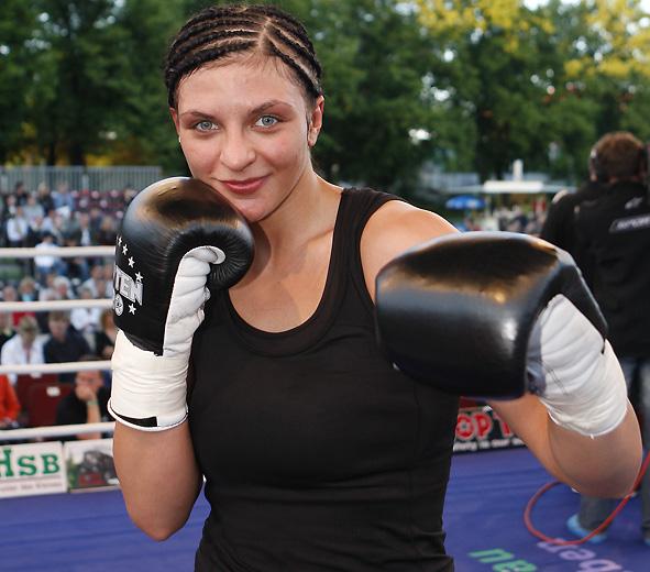 Кристина Хаммер - Мария Линберг. Кто номер один? (1)
