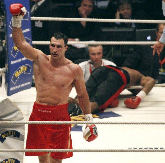 Владимир Кличко. Самые яркие моменты боксерской карьеры. (1)