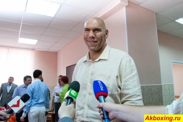 Николай Валуев открыл школу бокса в Великом Новгороде (1)