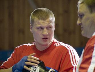 Денис Бахтов готов к Поветкину, но тот дерется с Чагаевым (1)