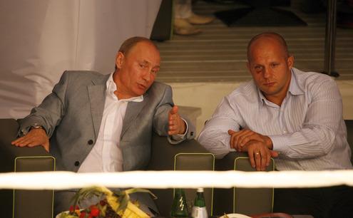 Владимир Путин посетил турнир по боям без правил (2)