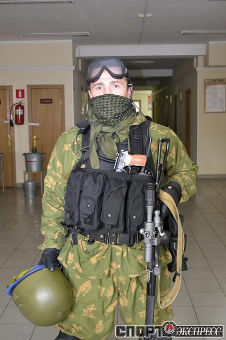 Денис Лебедев посетил полк ВДВ (1)