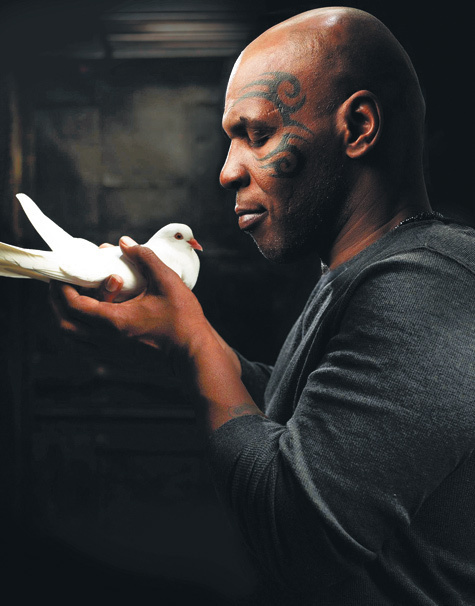 Майк Тайсон: Со мной моя семья и мои голуби (1)