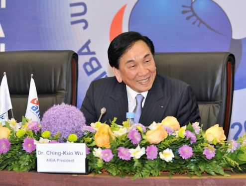 Президент AIBA зажигает (1)