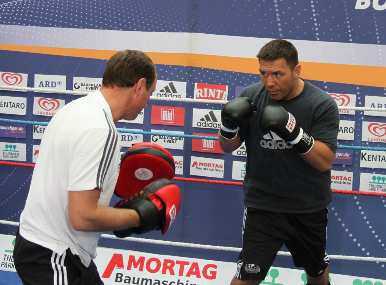 public-workout-ruslan-chagaev-vs-alexander-povetkin