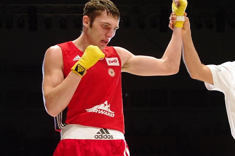 Андрей Замковой приносит первую победу России (1)
