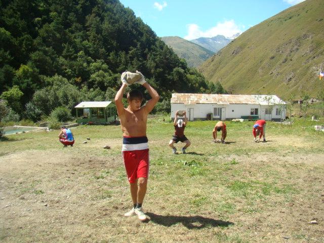 Боксеры Юга и Севера Осетии готовятся к новым победам (3)
