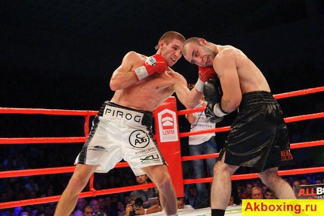 Дмитрий Пирог защитил титул чемпиона Мира в бою с Мартиросяном (2)
