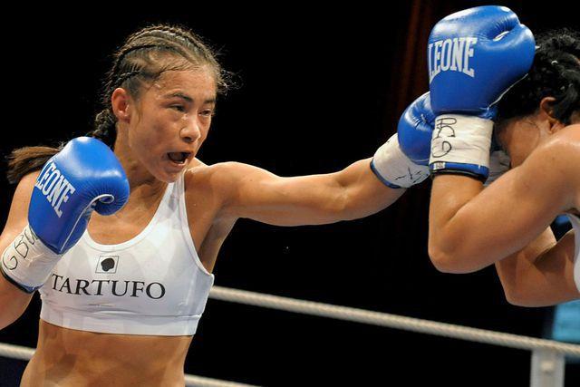 Чемпионка Мира по боксу являлась инвалидом  (1)