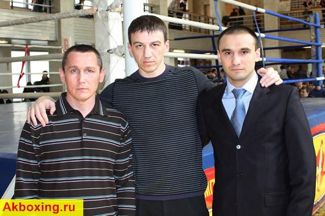 Тимур Гайдалов: И в шлемах можно показывать зрелищный бокс! (3)