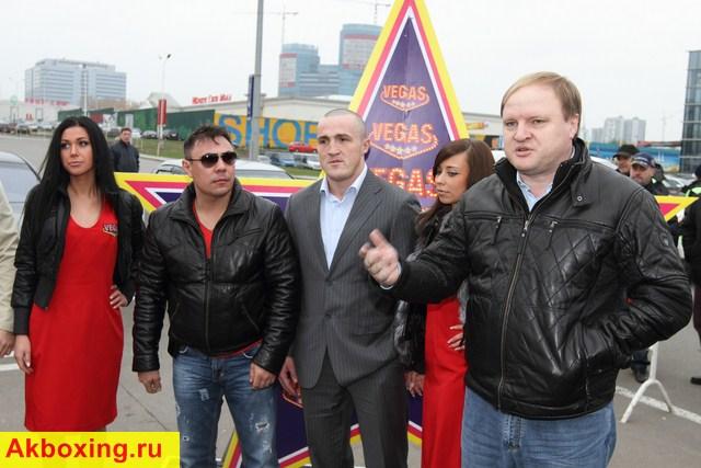 Денис Лебедев, Костя Цзю, Владимир Хрюнов
