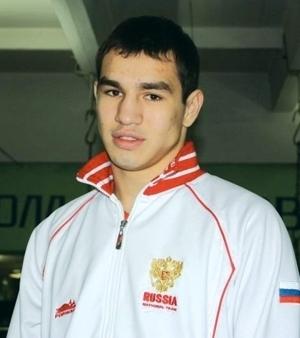 Артем Чеботарев выбывает из чемпионской гонки (1)