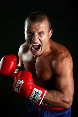 Гуткнехт против Узелкова. Компромиссов не будет! (2)