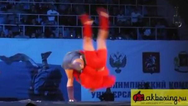 Федор Емельяненко победил Александра Емельяненко