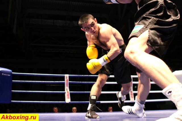 Сахиб Усаров победил олимпийского чемпиона Бартелеми (1)