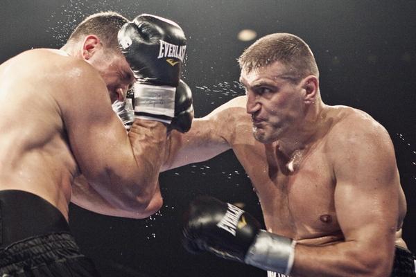 В битве гигантов победил Мариуш Вах (видео) (1)