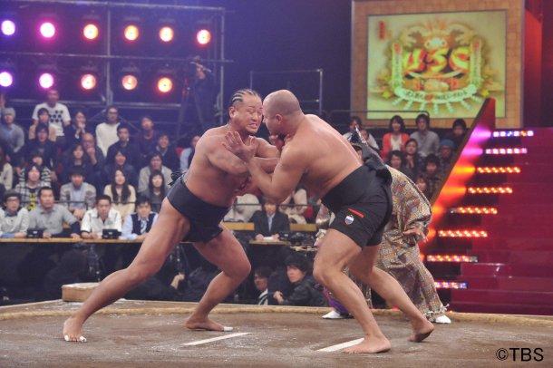 Федор Емельяненко проиграл сумоисту Сузукаве (видео) (1)