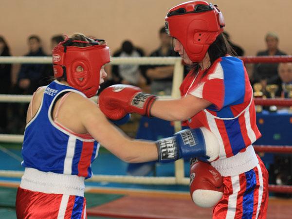 Женская сборная по боксу едет за медалями в Китай (1)
