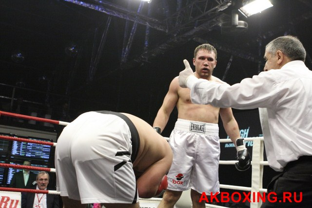 Фаррух Мадаминов vs Сергей Рожнов