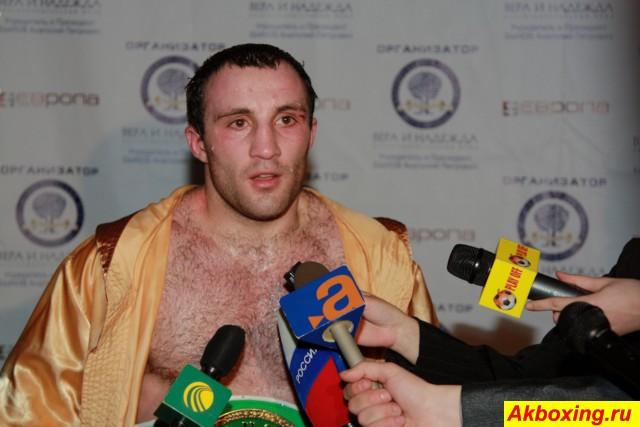Асланбек Козаев и Антон Новиков побеждают в США (1)