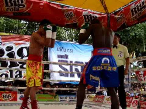 Тангтонг Къяттависук - Синьяби Макбуте. Нокаут (видео) (1)