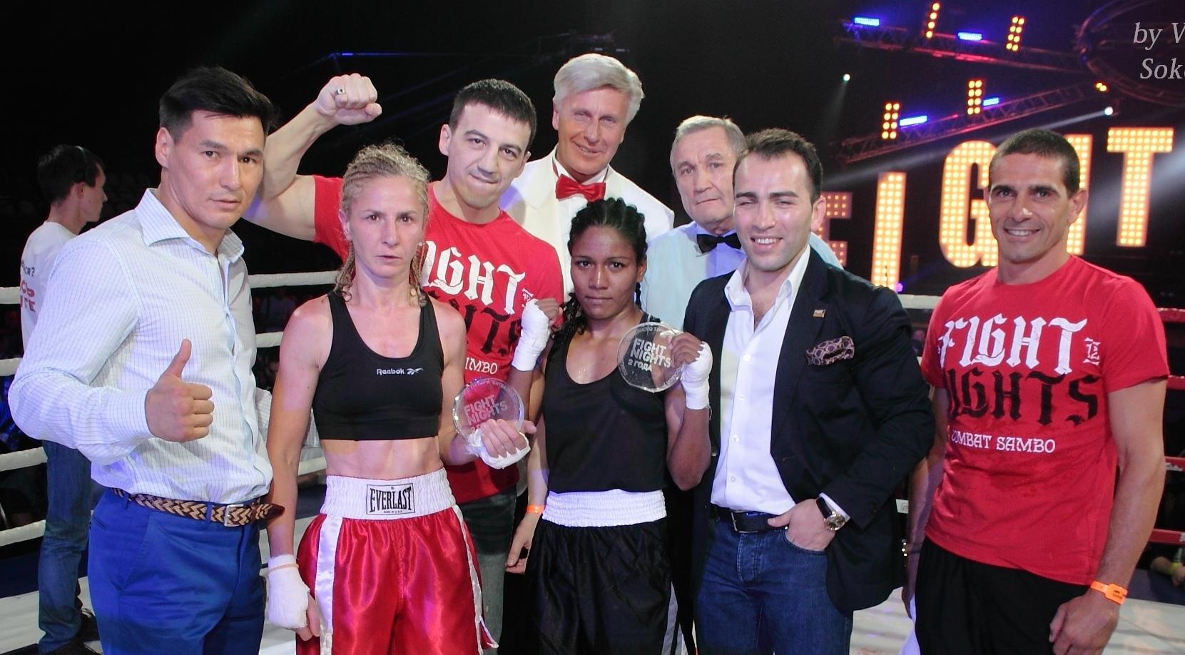 Чемпионка Индии по боксу, Соня Параб, дебютировала в профи! (2)