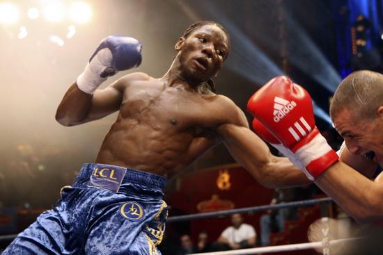 Хассан н'Дам н'Жикам призывает WBO лишить Дмитрия Пирога титула (1)