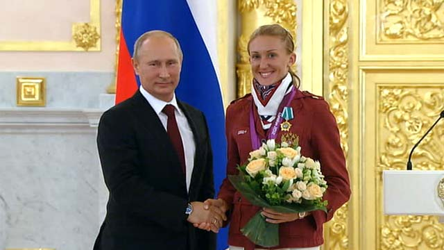 Президент России наградил олимпийцев (1)