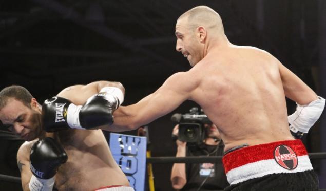 Однорукий боксер из США начал свою карьеру с нокаута (1)