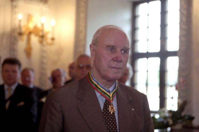 В Литве, на 85 году жизни скончался Альгирдас Шоцикас (1)