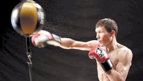 Александр Бахтин готовится к своему бою в марте 2013 года! (1)