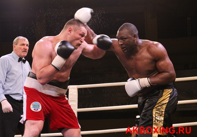 Денис Бахтов в тяжелейшем бою победил Дэнни Уильямса! (10)