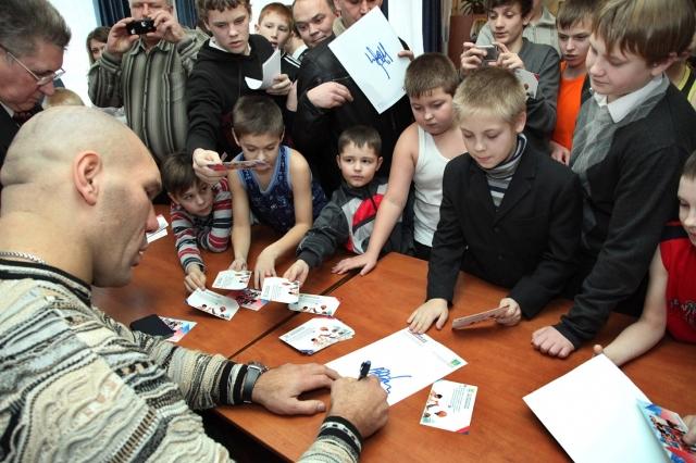 Школа бокса Николая Валуева провела юношеский турнир (2)