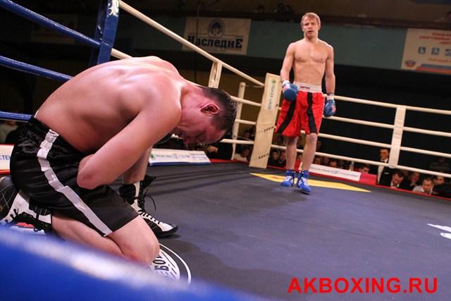 Денис Бахтов в тяжелейшем бою победил Дэнни Уильямса! (3)
