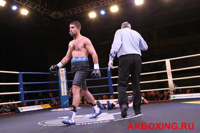 Денис Бахтов в тяжелейшем бою победил Дэнни Уильямса! (4)
